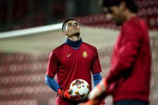 El Eibar ficha por tres temporadas al guardameta navarro Ander Cantero