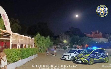 Desalojadas durante la madrugada 632 personas de varios locales en Sevilla.