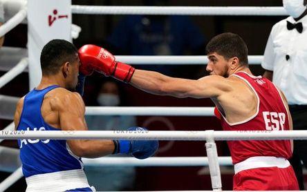El boxeo sigue dando alegrías, Jalidov a cuartos