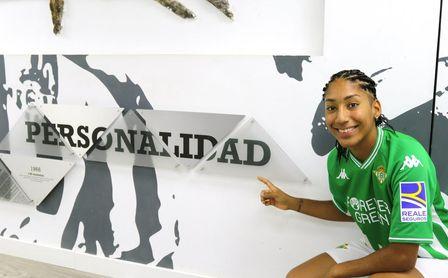 Lucía León, una subcampeona de la Champions, cuarto fichaje del Betis Féminas en sólo 24 horas