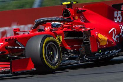 Verstappen delante de los Mercedes; Sainz cuarto, Alonso sexto y Pérez octavo