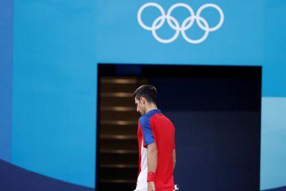 Djokovic se retira del partido de dobles por el bronce tras caer ante Carreño