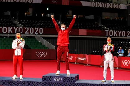 Oro en bádminton para el danés Axelsen, verdugo de Cordón en semifinales