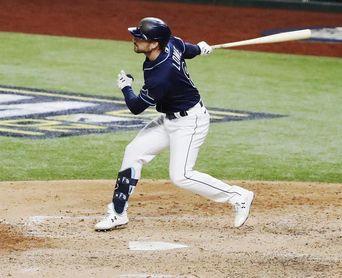 Los Rays apisonan a los Orioles por 12-3