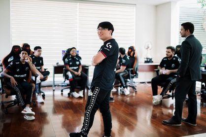 Infinity se confirma como el mejor equipo latino de LoL y avanza a la final