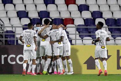El Mineiro intentará ampliar su ventaja como líder en su visita al Fluminense