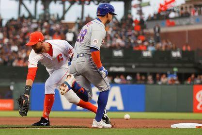 8-0. Belt pega dos jonrones contra los Mets
