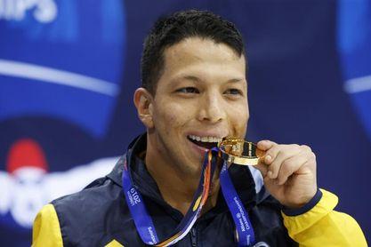 Nelson Crispin estrena el medallero de Colombia con un oro y récord mundial