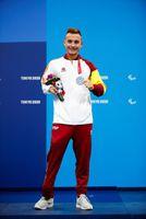 Iñigo Llopis, plata en los 100 metros espalda