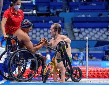 El mexicano Jesús Hernández, campeón paralímpico de natación