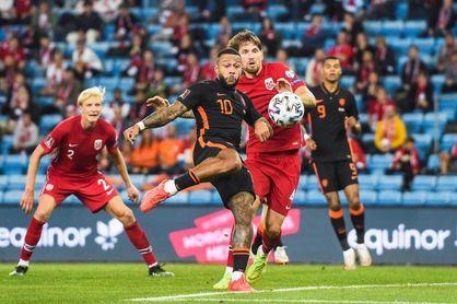 """1-1. Haaland enfría el regreso de Van Gaal a la """"Oranje"""""""