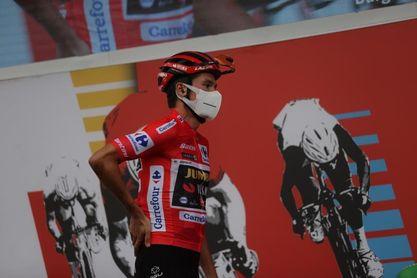 Carlos Verona no toma la salida en la etapa del Gamoniteiru