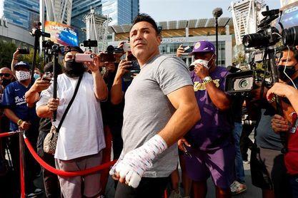 Óscar de la Hoya está hospitalizado tras dar positivo a la covid-19