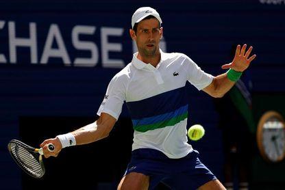 Djokovic pierde un set ante Nishikori, pero gana y pasa a los octavos del US Open
