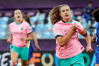 Alexia Putellas renueva con el Barcelona hasta junio de 2024