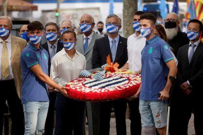 El Espanyol participa en la tradicional ofrenda flora por la Diada