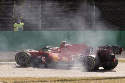 Fuerte accidente de Carlos Sainz, sin consecuencias, en los libres de Monza