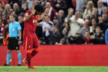 3-2. El Liverpool evita un incendio en Anfield