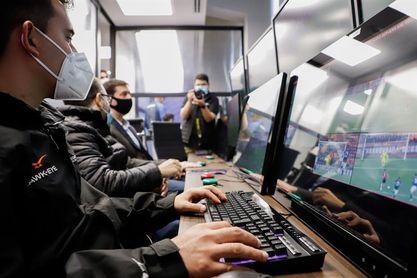 La Conmebol apoya la labor del VAR en la apertura de su Centro de Entrenamiento Arbitral