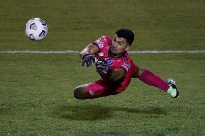0-2. Saprissa corta de tajo la ilusión del campeón guatemalteco Santa Lucía