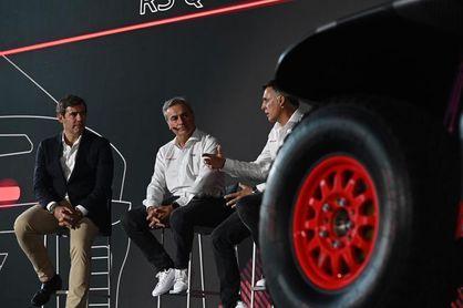 """Carlos Sainz afronta """"con hambre e ilusión el reto"""" del Dakar con Audi"""