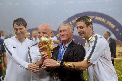 """Deschamps cree que un Mundial cada dos años lo """"banalizaría"""""""