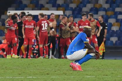 El Nápoles, en inferioridad, se estrella ante el Spartak