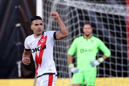 Radamel Falcao iguala el arranque goleador de Diego Costa en el Rayo