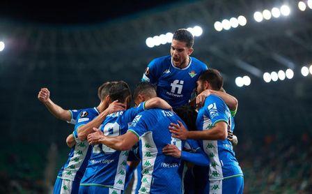 Ferencváros-Real Betis (1-3): Magia, fortuna, mono de trabajo y fe a partes iguales