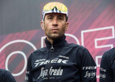 Nibali, profeta en su tierra, gana el Giro de Sicilia ante Valverde