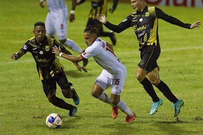 Vida le gana al Real Sociedad y sigue en la cima del Apertura en Honduras
