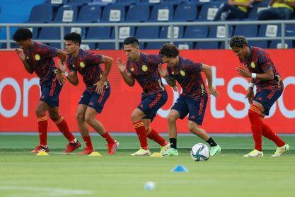 Colombia prepara en Bogotá su partido contra Uruguay con la duda de Borja