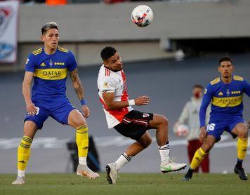 Julián Álvarez le da a River el triunfo ante Boca y el liderato con dos goles