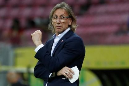 Gareca dice que no se fija en las bajas que tendrá Chile