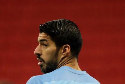 Suárez, Giménez, Araujo, Valverde, Viña y Torreira se suman a la Celeste