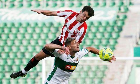 """Mikel Vesga: """"Somos ambiciosos y miramos para arriba"""""""