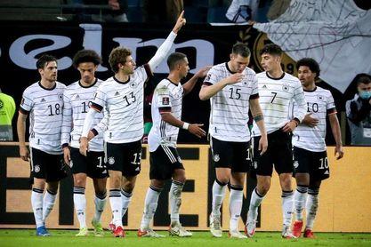 2-1. Müller da una apretada y difícil victoria a Alemania