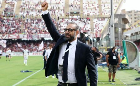 Andrés Blázquez no será presidente del Genoa