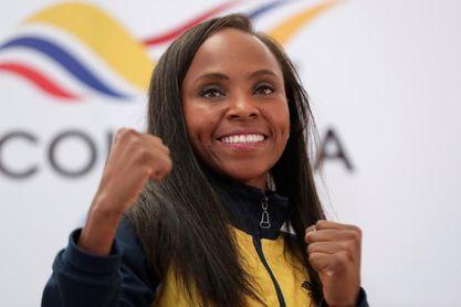 Boxeadora colombiana recibe donación para tener su casa luego de ser estafada