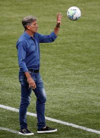 El líder Mineiro intentará alejarse más del Flamengo en encuentro con Ceará