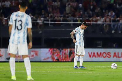 Argentina y Uruguay disputan un clásico rioplatense decisivo
