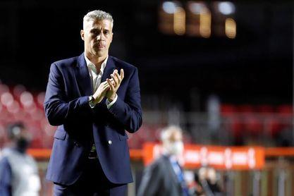 El Sao Paulo anuncia la salida del técnico argentino Hernán Crespo