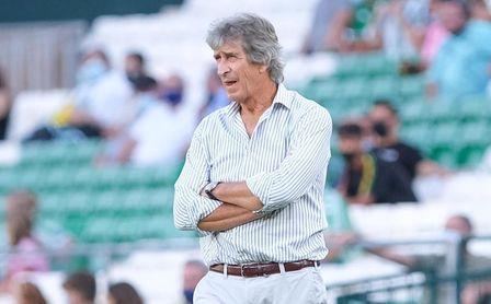Pellegrini, incansable, marca récords con su Betis