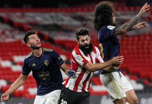 Villalibre entrena con el grupo y apunta a disponible ante el Villarreal